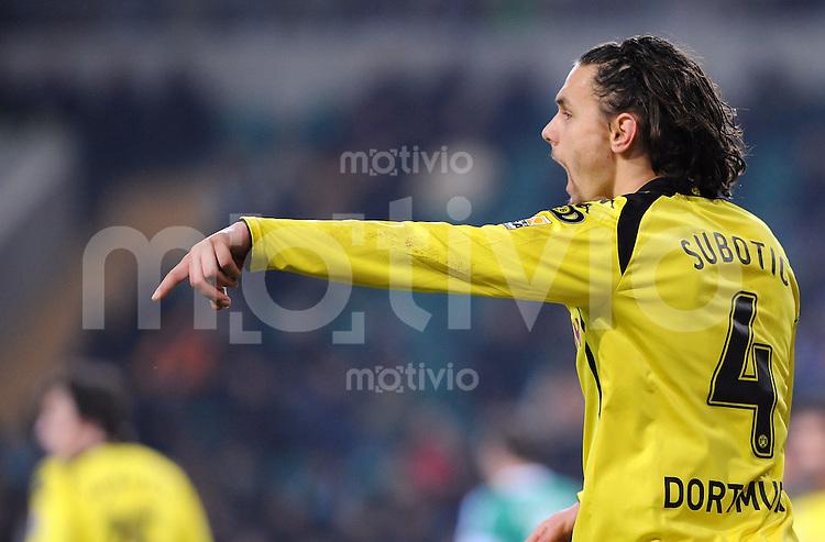 FUSSBALL  1. BUNDESLIGA   SAISON 2009/2010  16. SPIELTAG VfL Wolfsburg - Borussia Dortmund                        13.12.2009 Neven SUBOTIC (Borussia Dortmund)