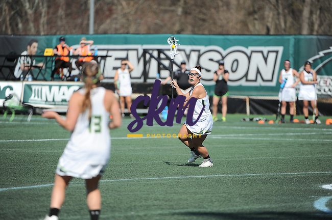 Despite leading most of the game, Stevenson women's lacrosse wasn't able to hold on as Tufts mounted a come back winning 11-10 at Mustang Stadium in Owings Mills on Thursday afternoon.
