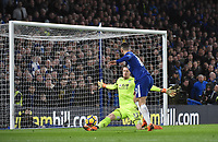 Eden Hazard of Chelsea and Wayne Hennessey of Palace <br /> Londra 10-03-2018 Premier League <br /> Chelsea - Crystal Palace<br /> Foto PHC Images / Panoramic / Insidefoto <br /> ITALY ONLY