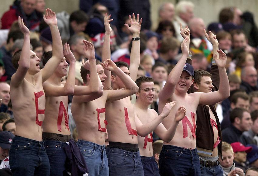 Photo. Richard Lane.England v Italy. RBS Six Nations Championship at Twickenham. 09/03/2003.England fans