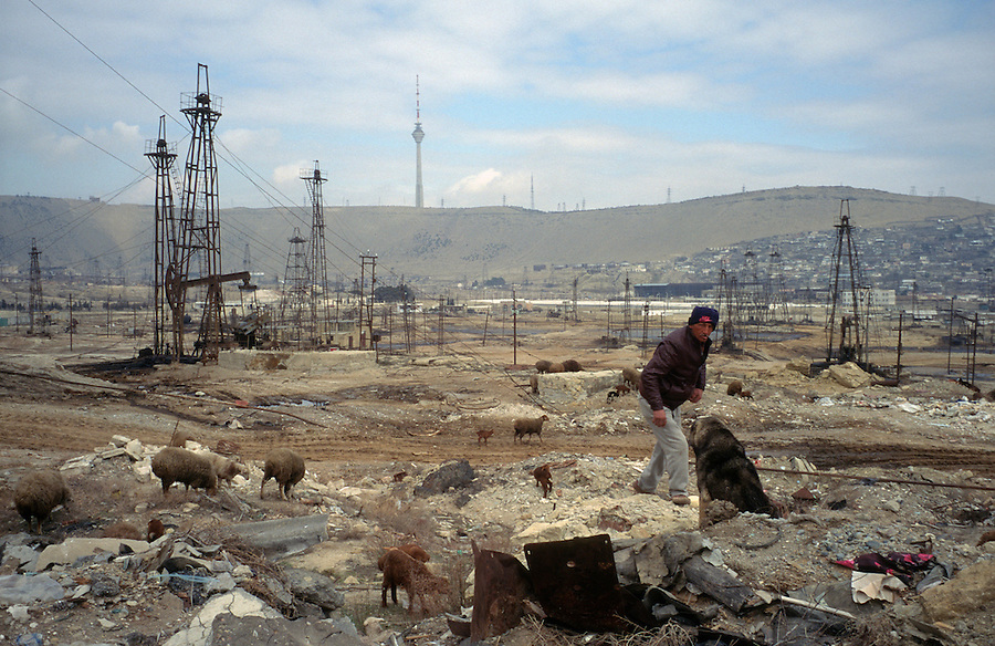 Baku, Azerbaijan, April 1999.&amp;#xD;Dilapidated Soviet era on-shore state oil fields. The fields still produce, and poor sections of the population live in run-down homes in the area.&amp;#xD;&amp;#xD;&amp;#xD;&amp;#xD;&amp;#xD;&amp;#xD;&amp;#xD;&amp;#xD;&amp;#xD;&amp;#xD;&amp;#xD;<br />