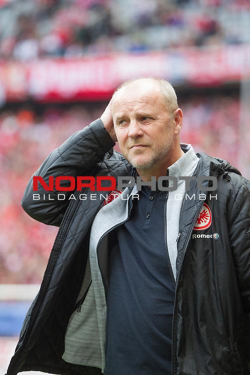 11.04.2015, Allianz Arena, Muenchen, GER, 1.FBL,  FC Bayern Muenchen vs. Eintracht Frankfurt, im Bild Thomas Schaaf (Trainer Frankfurt) <br /> <br />  Foto &copy; nordphoto / Straubmeier