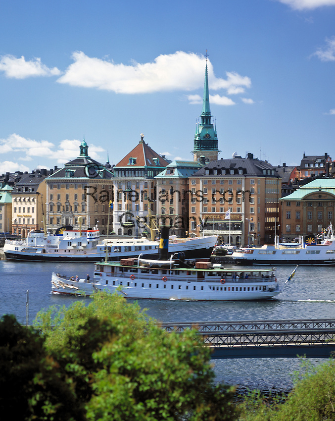 Sweden, Stockholm: Gamla Stan (Old Town) | Schweden, Stockholm: Blick auf Gamla Stan (Altstadt)