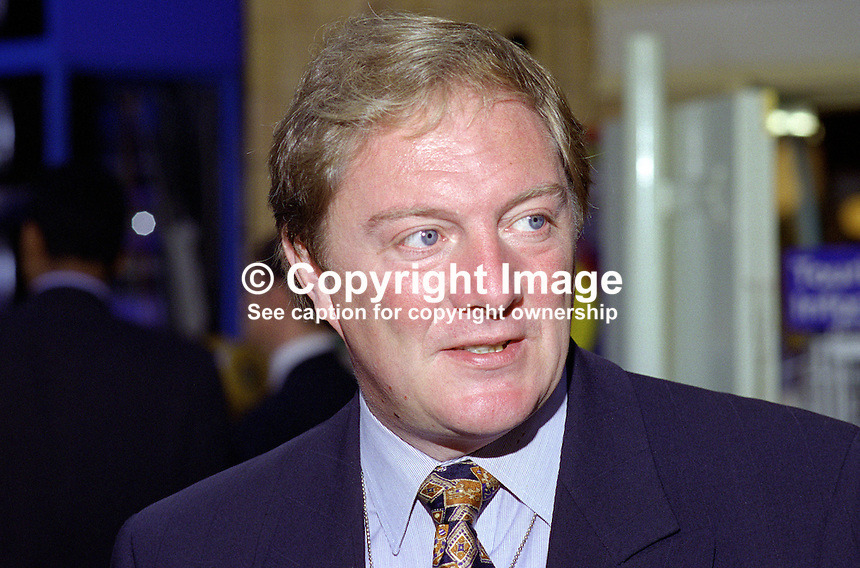 John Sykes, MP, Conservative Party, UK, 199510151JS..Copyright Image from Victor Patterson, 54 Dorchester Park, Belfast, UK, BT9 6RJ..Tel: +44 28 9066 1296.Mob: +44 7802 353836.Voicemail +44 20 8816 7153.Skype: victorpattersonbelfast.Email: victorpatterson@me.com.Email: victorpatterson@ireland.com (back-up)..IMPORTANT: If you wish to use this image or any other of my images please go to www.victorpatterson.com and click on the Terms & Conditions. Then contact me by email or phone with the reference number(s) of the image(s) concerned.