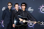 Mike Dirnt, Billie Joe Armstrong, Tre Cool (Green Day) bei der Verleihung der 47. American Music Awards 2019 im Microsoft Theater. Los Angeles, 24.11.2019