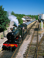 Great Britain, England, Devon, Buckfastleigh: Buckfastleigh Station, final stop on the South Devon Steam Railway operating from Totnes to Buckfastleigh in Devon alongside the River Dart | Grossbritannien, England, Devon, Buckfastleigh: Dampfzug der South Devon Steam Railway an der Endstation Buckfastleigh Station, der Zug verkehrt zwischen Buckfastleigh und Totnes entlang des Dart River