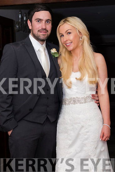 Kevin Grummell from Luton, whose family is originally from Ballydavid, and Ellen McCreesh frm Luton, who were married on Saturday at St. Mary's Church in Dingle. Best Man was Dan Grummell and Bridesmaid was Lauren Dolan. The reception was held at the Skellig Hotel in Dingle.
