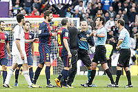 FC Barcelona's Victor Valdes have words with the referee Miguel Angel Perez Lasa after La Liga match.March 02,2013. (ALTERPHOTOS/Acero) /NortePhoto
