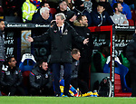 Crystal Palace's Roy Hodgson appeals for a penalty during the premier league match at Selhurst Park Stadium, London. Picture date 12th December 2017. Picture credit should read: David Klein/Sportimage