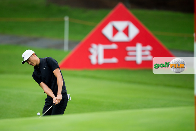 Li Haotong (CHN) on the 10th during the 1st round of the  WGC-HSBC Champions, Sheshan International GC, Shanghai, China PR.  27/10/2016<br /> Picture: Golffile | Fran Caffrey<br /> <br /> <br /> All photo usage must carry mandatory copyright credit (&copy; Golffile | Fran Caffrey)