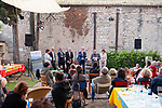 SOIREE D'OUVERTURE DU FESTIVAL UZES DANSE 2018<br /> Cadre : Festival Uz&egrave;s Danse 2018<br /> Date : 13/06/2018<br /> Lieu : Jardin de l'&eacute;v&ecirc;ch&eacute;<br /> Ville : Uz&egrave;s