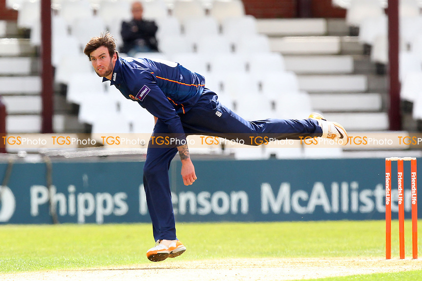 Reece Topley in bowling action for Essex - Northamptonshire CCC 2nd XI vs Essex CCC 2nd XI - 2nd XI T20 Cricket at the County Ground, Northampton - 09/05/14 - MANDATORY CREDIT: Gavin Ellis/TGSPHOTO - Self billing applies where appropriate - 0845 094 6026 - contact@tgsphoto.co.uk - NO UNPAID USE