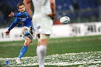 """Calcio sbagliato di Tobie Botes Italia.Roma 11/20/2012 Stadio """"Olimpico"""".Rugby 6 Nations Tournament - Torneo delle 6 Nazioni 2012.Italia Vs Inghilterra - Italy Vs England .Foto Insidefoto Andrea Staccioli"""
