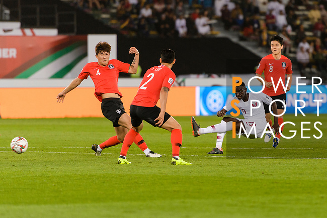Almoez Ali of Qatar (R2) attempts a a kick for a goal during the AFC Asian Cup UAE 2019 Quarter Finals match between Qatar (QAT) and South Korea (KOR) at Zayed Sports City Stadium  on 25 January 2019 in Abu Dhabi, United Arab Emirates. Photo by Marcio Rodrigo Machado / Power Sport Images