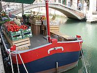 Vegetable boat, Venice