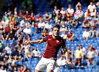 Calcio, Serie A: Roma vs Napoli. Roma, stadio Olimpico, 25 aprile 2016.<br /> Roma&rsquo;s Alessandro Florenzi heads the ball during the Italian Serie A football match between Roma and Napoli at Rome's Olympic stadium, 25 April 2016. <br /> UPDATE IMAGES PRESS/Isabella Bonotto