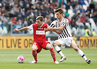Calcio, Serie A: Juventus vs Carpi. Torino, Juventus Stadium, 1 maggio 2016.<br /> Carpi's Simone Verdi, left, is challenged by Juventus' Daniele Rugani during the Italian Serie A football match between Juventus and Carpi at Turin's Juventus Stadium, 1 May 2016. Juventus won 2-0.<br /> UPDATE IMAGES PRESS/Isabella Bonotto