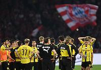 FUSSBALL  DFB POKAL FINALE  SAISON 2015/2016 in Berlin FC Bayern Muenchen - Borussia Dortmund         21.05.2016 Spieler von Borussia Dortmund sind nach dem dem Abpfiff enttaeuscht
