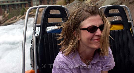 Laura Nelson on the river raft ride at the California Theme Park. 10/08/2001, 1:11:36 PM<br />