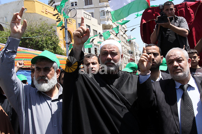 Palestinian Prime Minister in Gaza Ismail Haniya attends a protest in solidarity with Palestinian prisoners being held in Israeli jails, following the Friday noon prayers, in Gaza City, on April 20, 2012. Photo by Mohammed Asad
