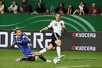 Lukas Podolski (D) gegen Anton Chiculin (KZA)