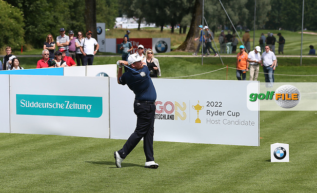 Shane Lowry (IRL) from the 4th tee during Round One of the 2015 BMW International Open at Golfclub Munchen Eichenried, Eichenried, Munich, Germany. 25/06/2015. Picture David Lloyd | www.golffile.ie