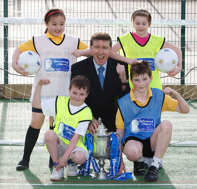 SFA Chief Executive Gordon Smith at Glenlee Prinary, Hamilton with the Scottish Cup and schoolkids Caitlin Ho, Caitlin Morris, William Wallace and Callum Morley
