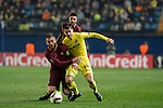 Manuel Trigueros Muñoz of Villarreal CF fights for the ball with Daniele De Rossi of AS Roma during the match Villarreal CF vs AS Roma, part of the UEFA Europa League 2016-17 Round of 32 at the Estadio de la Cerámica on 16 February 2017 in Villarreal, Spain. Photo by Maria Jose Segovia Carmona / Power Sport Images