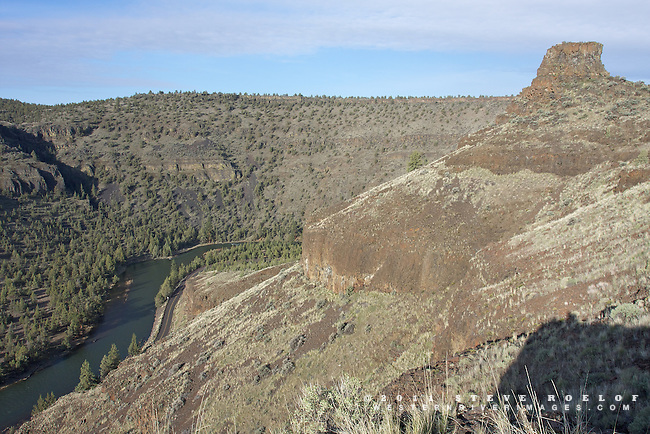 Chimney Rock above the Lower Crooked River Backcountry Byway, Oregon.