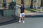 26.06.2020, Trainingsgelaende am wohninvest WESERSTADION,, Bremen, GER, 1.FBL, Werder Bremen Training, im Bild<br /> <br /> Ömer / Oemer Toprak (Werder Bremen #21)<br /> <br /> kommt in zivil zum  Abschlusstraining<br /> <br /> Foto © nordphoto / Kokenge