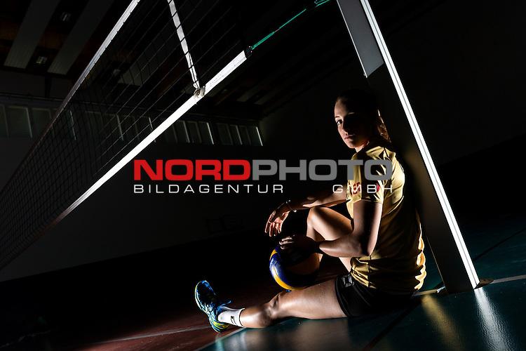 04.06.2015, Bundesleistungszentrum, Kienbaum<br /> Volleyball, Fotoshooting Nationalmannschaft Frauen<br /> <br /> PortrŠt, Portraet, Portrait Lenka DŸrr / Duerr (#1 GER) / Out of the box <br /> <br />   Foto &copy; nordphoto / Kurth