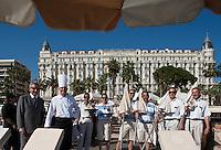 Europe/France/Provence-Alpes-Côte d'Azur/06/Alpes-Maritimes/Cannes: L'équipe du Carlton Beach, restaurant de la Plage du Carlton avec son directeur Roberto et son chef Laurent Bunel [Non destiné à un usage publicitaire - Not intended for an advertising use]