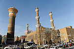 CHINA province Xinjiang city Urumqi , due to high migration of Han chinese the muslim uyghur people are a minority today, the old uyghur town is nearly demolished and replaced by new building towers, Dong Kuruk Bridge Mosque/ CHINA Provinz Xinjiang , Stadt Ueruemqi , in Urumqi lebt das muslimische Turkvolk der Uiguren, durch massive Zuwanderung von Han Chinesen nur noch eine Minderheit, Dong Kuruk Bridge Moschee