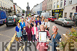 "Mary O'Brien Founder of the Tidy Towns organisation and Cllr Sam Locke chairman of ""Twards A Better Tralee"",  and Members of Tidy Tralee Togeather, Team Bramble, Inspired and Tralee Municipal District. celebrate retaining the gold medal for 2015 in the Tidy Town"