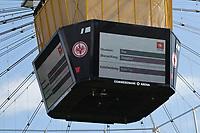 Videobeweis in der Commerzbank Arena widerruft das Tor zum 1:1 von Dennis Geiger (TSG 1899 Hoffenheim) - 18.08.2019: Eintracht Frankfurt vs. TSG 1899 Hoffenheim, Commerzbank Arena, 1. Spieltag Saison 2019/20 DISCLAIMER: DFL regulations prohibit any use of photographs as image sequences and/or quasi-video.