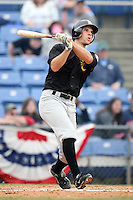 May 3, 2009:  Adam Calderone of the New Hampshire Fisher Cats, Eastern League Class-AA affiliate of the Toronto Blue Jays, during a game at the NYSEG Stadium in Binghamton, NY.  Photo by:  Mike Janes/Four Seam Images