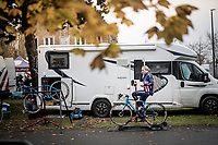 Katie Compton (USA/KFC Racing p/b Trek/Panache) warming up<br /> <br /> Women's Race<br /> UCI cyclocross WorldCup - Koksijde (Belgium)<br /> <br /> ©kramon