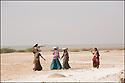 2006- Inde- désert du Rajasthan, paysannes.