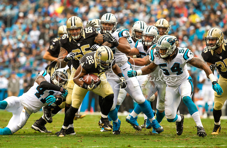 Carolina Panthers vs. New Orleans Saints during their NFL game Sunday afternoon September 27, 2015  at Bank of America Stadium in Charlotte, North Carolina.<br /> <br /> Charlotte Photographer: PatrickSchneiderPhoto.com