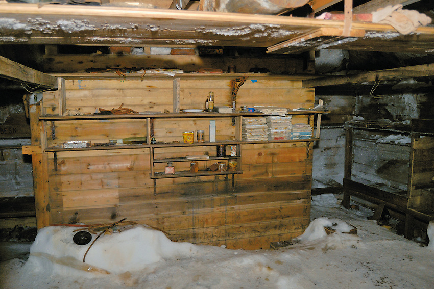 Mawson Hut II - Abandonded in 1913 and only recently conserved.  This was home to 18 men for 3 years.