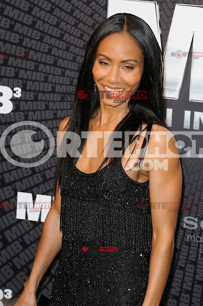 News Pictures--- PARIS, FRANCE - MAY 11: Jada Pinkett Smith, Will Smith's wife, attends the 'Men in Black 3' (MIB 3) european film premiere at 'Le Grand Rex', on May 11, 2012 in Paris, France. Local Caption Jada Pinkett Smith  .. Credit: Edouard Bernaux/News Pictures/MediaPunch Inc. ***FOR USA ONLY***