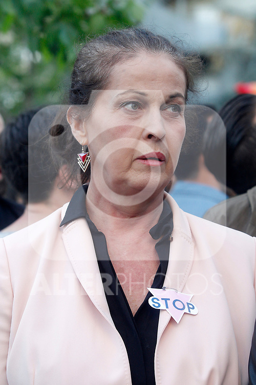 Carla Antonelli Spanish actress, politician and recognized activist of the rights LGBT, during peaceful concentration in front of the Russian embassy in Madrid in repudiation of alleged crimes of persecution, torture and extermination of homosexuals in Chechnya. April 21, 2017. (ALTERPHOTOS/Acero)