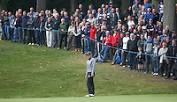 Large crowd watch Luke Donald (ENG) in action on the 3rd during the Final Round of the British Masters 2015 supported by SkySports played on the Marquess Course at Woburn Golf Club, Little Brickhill, Milton Keynes, England.  11/10/2015. Picture: Golffile | David Lloyd<br /> <br /> All photos usage must carry mandatory copyright credit (&copy; Golffile | David Lloyd)