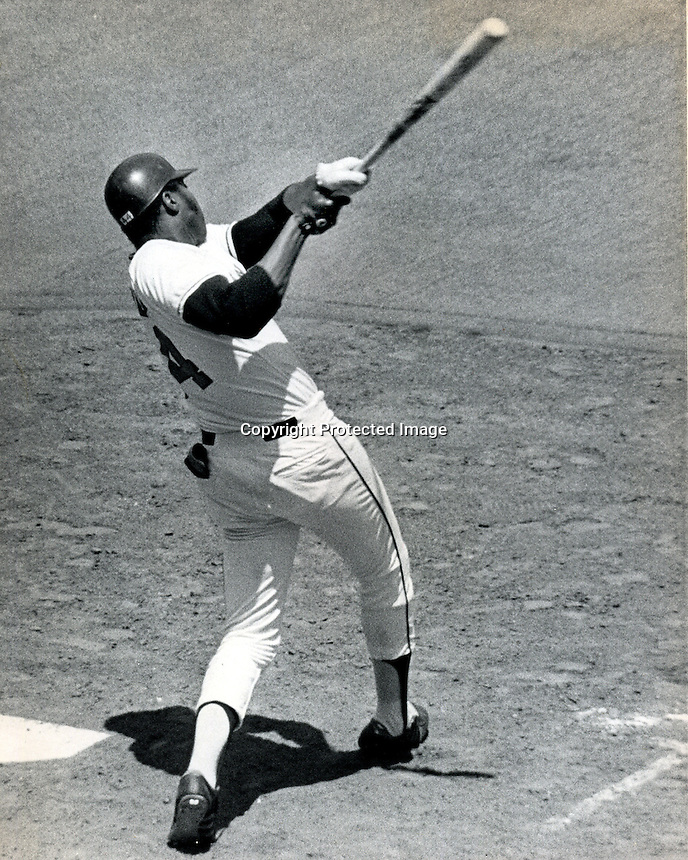 Giants Willie McCovey hit Home Run #400 (1973 photo by Ron Riesterer)