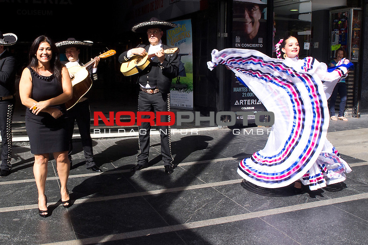 "16.05.2012. Josefina AlemŠn  accompanied by her mariachis and Ballet Colors of Mexico, presented in front of the Teatro Arteria Coliseum, in the Gran VŪa of Madrid, the concert ""Musical Tribute to Mexico"" Foto © nph / Marta Gonzalez) *** Local Caption ***"