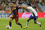 FC Barcelona's Thiago (l) and Real Zaragoza's Angel Lafita during La Liga match.October 23,2010. (ALTERPHOTOS/Acero)