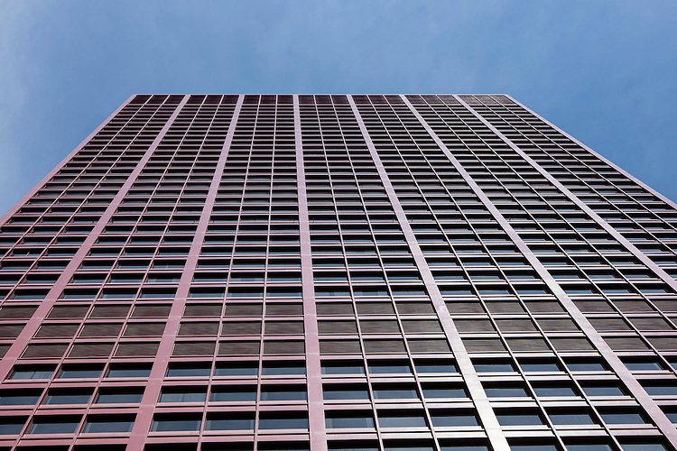 Looking up at the CNA Center, 333 S. Wabash Ave. Wednesday, July 15, 2015. (DePaul University/Jeff Carrion)