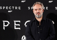 Il regista inglese Sam Mendes posa durante un photocall per la presentazione del suo film 'Spectre' a Roma, 27 ottobre 2015.<br /> British director Sam Mendes poses during a photocall for the presentation of his movie 'Spectre' in Rome, 27 October 2015.<br /> UPDATE IMAGES PRESS/Isabella Bonotto<br /> <br /> *** ITALY AND GERMANY OUT  ***