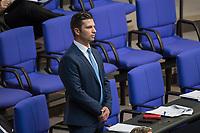 Sitzung des Deutschen Bundestag am Donnerstag den 19. April 2018.<br /> Im Bild: Der Abgeordnete der rechtsnationalistischen &quot;Alternative fuer Deutschland&quot;, AfD, Jan Ralf Nolte. Nolte nahm waehrend der Sitzung Stellung zu den Vorhaltungen aus dem Plenum, er wuerde einen Rechtsextremisten als Angestellten beschaeftigten, der Aufgrund seiner rechtsextremen Umtriebe keine Sicherheitsfreigabe des Deutschen Bundestag und somit auch keine Zugangsberechtigung zum Bundestag bekommen hat.<br /> 19.1.2018, Berlin<br /> Copyright: Christian-Ditsch.de<br /> [Inhaltsveraendernde Manipulation des Fotos nur nach ausdruecklicher Genehmigung des Fotografen. Vereinbarungen ueber Abtretung von Persoenlichkeitsrechten/Model Release der abgebildeten Person/Personen liegen nicht vor. NO MODEL RELEASE! Nur fuer Redaktionelle Zwecke. Don't publish without copyright Christian-Ditsch.de, Veroeffentlichung nur mit Fotografennennung, sowie gegen Honorar, MwSt. und Beleg. Konto: I N G - D i B a, IBAN DE58500105175400192269, BIC INGDDEFFXXX, Kontakt: post@christian-ditsch.de<br /> Bei der Bearbeitung der Dateiinformationen darf die Urheberkennzeichnung in den EXIF- und  IPTC-Daten nicht entfernt werden, diese sind in digitalen Medien nach &sect;95c UrhG rechtlich geschuetzt. Der Urhebervermerk wird gemaess &sect;13 UrhG verlangt.]