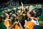 BLOEMENDAAL  - Hockey -  finale KNHB Gold Cup dames, Bloemendaal-HDM . Bloemendaal wint na shoot outs. rechts Jordy Lodewijks (Bldaal) COPYRIGHT KOEN SUYK